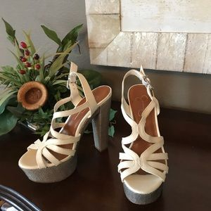 Jessica Simpson. Chunky Platform Sandal. Size 6.5